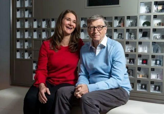 比尔·盖茨夫妇宣布结束27年婚姻,双方已无法让彼此继续提升